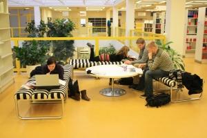 Kirjasto on opiskelijan olohuone.